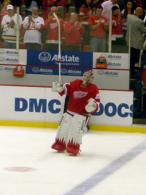 Jimmy Howard recognized as the second star after recording a shutout in an October 8, 2010 game against the Anaheim Ducks. Anaheim Ducks vs. Detroit Red Wings Oct 8, 2010 58.JPG