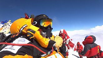 Mount Everest in 2012 - People on the summit in 2012