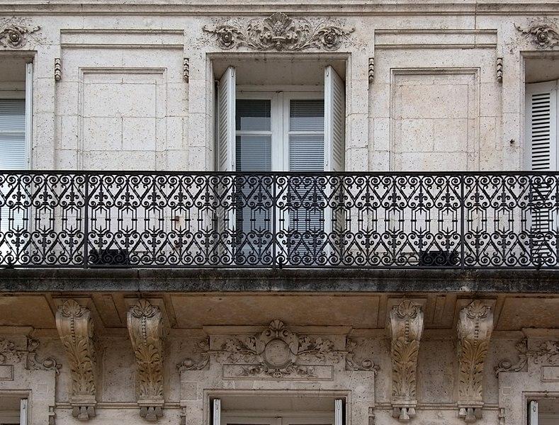 Adorned balcony and windows, end of the XIXth century, sculptor: Raymond Guimberteau (1863-1905), Angoulême, France.