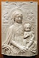 Antonio rossellino (attr.), madonna col bambino, firenze, ante 1461.jpg