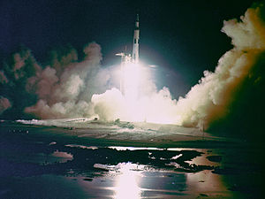 English: Liftoff of the Apollo 17 Saturn V Moo...
