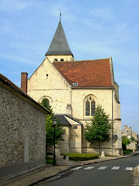 Apremont (60), église Saint-Martin, rue Louis-Wallon.jpg