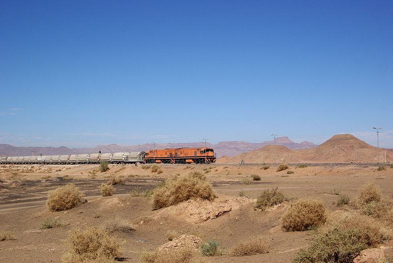 قطار فارغ في محطة الرم قادمة من العقبة