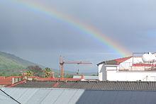 Arcoiris, informcaion de este hermoso fenomeno 220px-Arco_Iris_sobre_Gredos