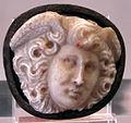 Arte romana, da tesoro cattedrale di chartres, medusa.JPG