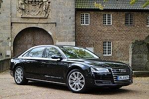 F-segment - Image: Audi A8 2013 (11209853445)