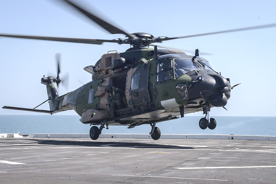 Australian MRH-90 lands on USS Green Bay (LPD-20) in July 2015
