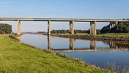 Autobahnbrücke über die Hunte 20151002