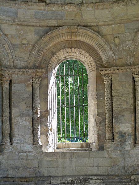 Abbaye de Saint Ruf à Avignon: détail intérieur abside