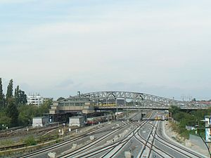 Berlin Bornholmer Straße station - Bornholmer Straße station and Bösebrücke