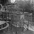 Baby's in boxen bij de kinderopvang van kibboets Kiwath Brenner, Bestanddeelnr 255-0568.jpg