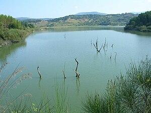 Angitola Lake - Image: Bacino dell'Angitola