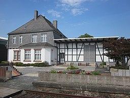 Bahnhofsgebaeude Allendorf Eder
