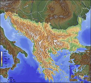 Balkanları gösteren bir fiziki harita