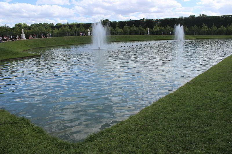 File bassin du miroir 2013 02 jpg wikimedia commons - Bassin effet miroir toulon ...