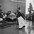 Begrafenis Oud-Minister Aalberse, Bestanddeelnr 902-8336.jpg