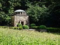 Behring-Mausoleum (03).jpg