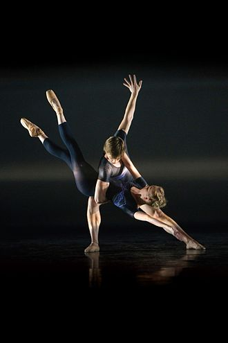 Birmingham Royal Ballet - Birmingham Royal Ballet performing E=MC2 in Tokyo in 2011