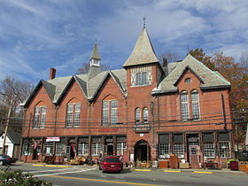 Blackington Building, Fiskdale MA.jpg
