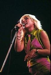 Debbie harry als sängerin von blondie 1979