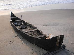 Boat or Vallam at Cherai Beach 03.JPG