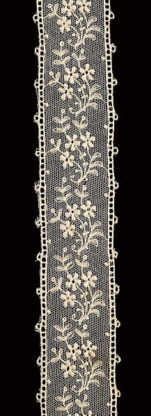 File:Border (ST161) - Embroidery-Embroidered Tulle - MoMu Antwerp.jpg