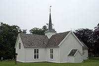 Bremsnes kirke 2012.jpg
