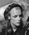 Brian Eno - TopPop 1974 11 crop.png