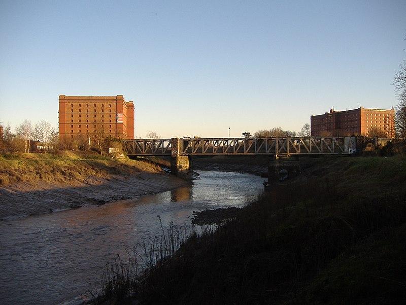 File:Bristol MMB W7 Cumberland Basin.jpg