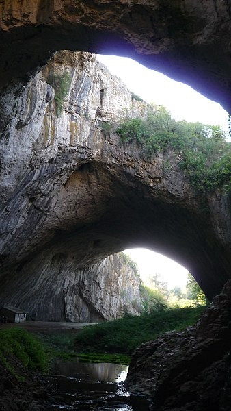 File:Bulgaria - Devetaki Cave - Деветашка пещера - panoramio (2).jpg