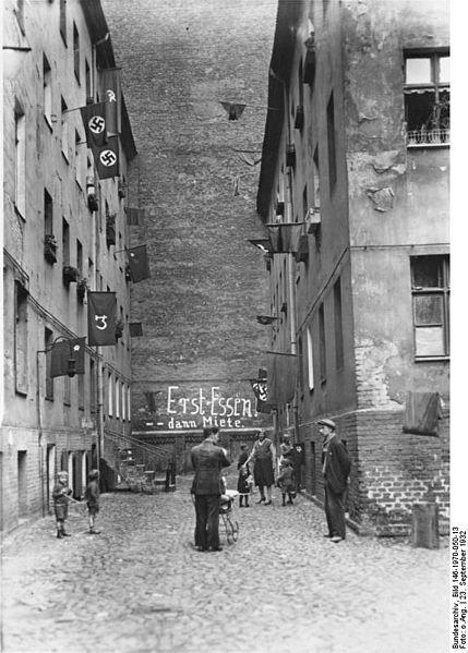 Datei:Bundesarchiv Bild 146-1970-050-13, Berlin, Mieterstreik.jpg