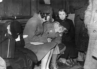 Harwich International Port - Young Jewish refugees from Germany at Harwich in 1938