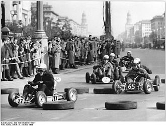 Kart racing - Kart racing in the streets of Berlin, DDR, 1963