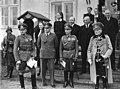 Bundesarchiv Bild 183-E13139, 90. Geburtstag von August von Mackensen.jpg