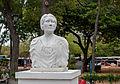 Busto de Graciela Rincón Calcaño 2.jpg