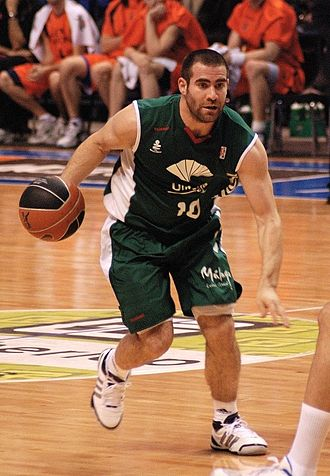 Carlos Cabezas - Cabezas with Unicaja Málaga.
