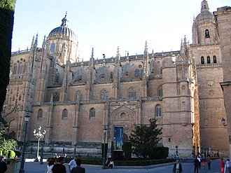 New Cathedral of Salamanca - Image: Catedral de Salamanca lateral