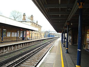Catford Bridge railway station - Image: Catford Bridge Railway Station geograph.org.uk 735705