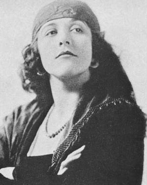 Catherine Calvert - Publicity photo of Calvert from Who's Who on the Screen (1920)