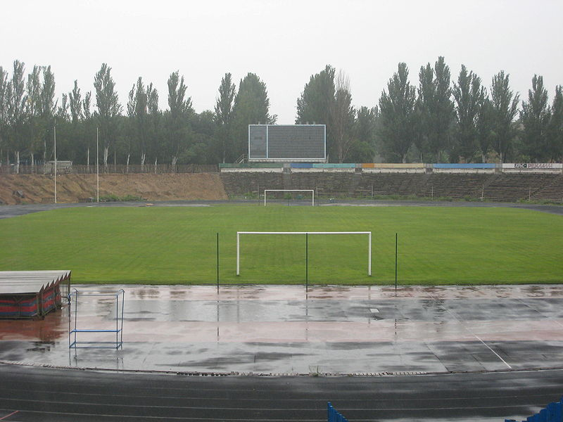http://upload.wikimedia.org/wikipedia/commons/thumb/5/5b/Central_City_Stadium%2C_Mykolaiv_%E2%80%94_3.jpg/800px-Central_City_Stadium%2C_Mykolaiv_%E2%80%94_3.jpg