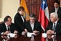 Ceremonia de Deposito del Instrumento de Ratificación al Protocolo Adicional al Tratado Constitutivo de la Unión de Naciones Suramericanas UNASUR. Sobre Compromiso con la Democracia por Parte de la República de Chile (6982663471).jpg