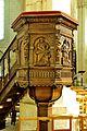Chaire de l'Eglise du Puy-Notre-Dame DSC 1880.jpg