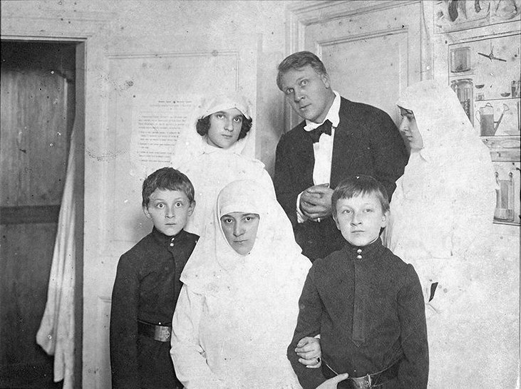 Chaliapin and his family in military hospital