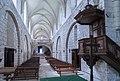 Chancelade - Abbaye - Nef et Chaire.jpg
