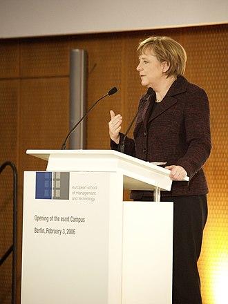 European School of Management and Technology - Federal Chancellor Angela Merkel giving a keynote speech at ESMT Berlin (2006)