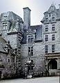 Chateau Kerjean-118-Innenhof-Ecke-1978-gje.jpg