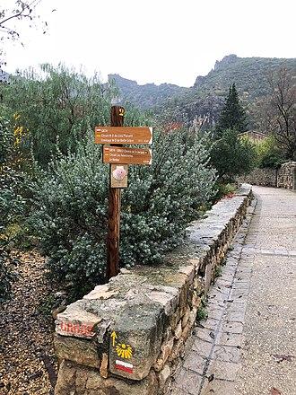 Saint-Guilhem-le-Désert - Image: Chemin de S Jacques sign in S Guilhem le Désert, France