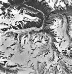 Chilkat Glacier, valley glaciers, August 1979 (GLACIERS 5267).jpg