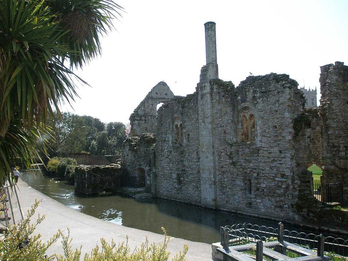 Christchurch Castle - Constable's House.JPG