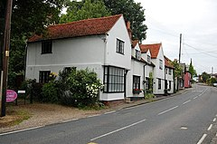 Church Cottages, Woodham Ferrers - geograph.org.uk - 1347477.jpg